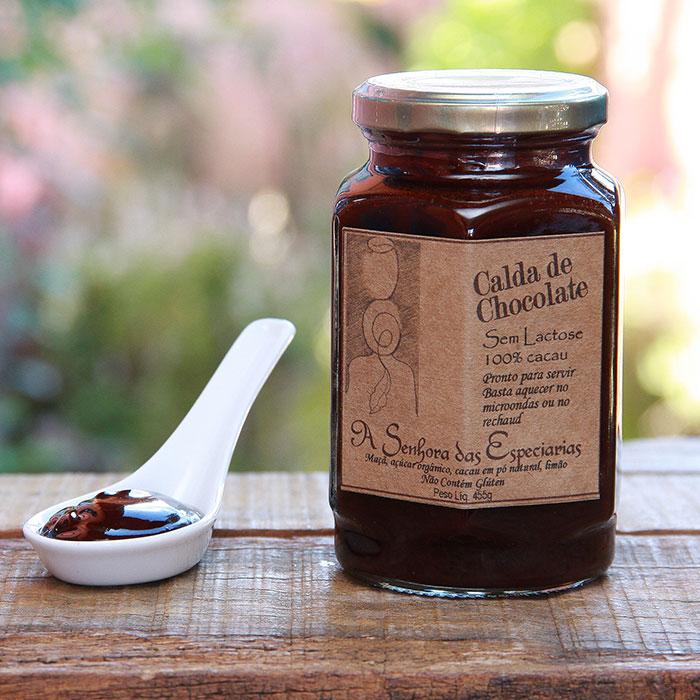 Calda de chocolate produzida por A Senhora das Especiarias em Gonçalves MG.