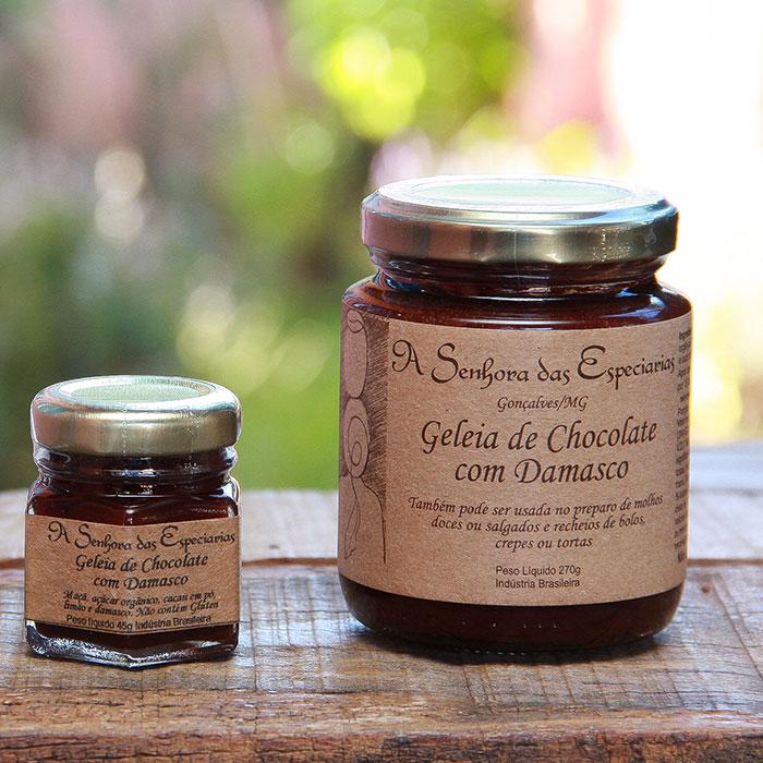 Geleia de chocolate com damasco produzida por A Senhora das Especiarias em Gonçalves MG.