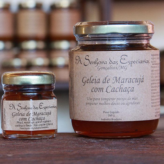 Geleia de maracujá com cachaça produzida por A Senhora das Especiarias em Gonçalves MG.