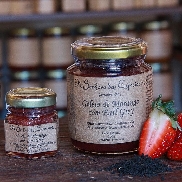 Geleia de morango com Earl Grey produzida por A Senhora das Especiarias em Gonçalves MG.