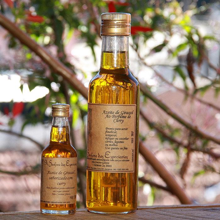 Óleo de girassol ao perfume de curry produzida por A Senhora das Especiarias em Gonçalves MG.