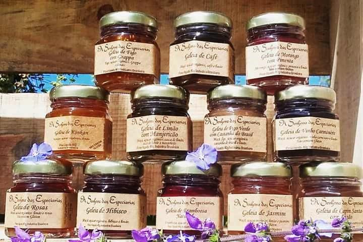 No portfólio estão mais de cem produtos com receitas exclusivas de A Senhora das Especiarias - Foto: Arquivo.